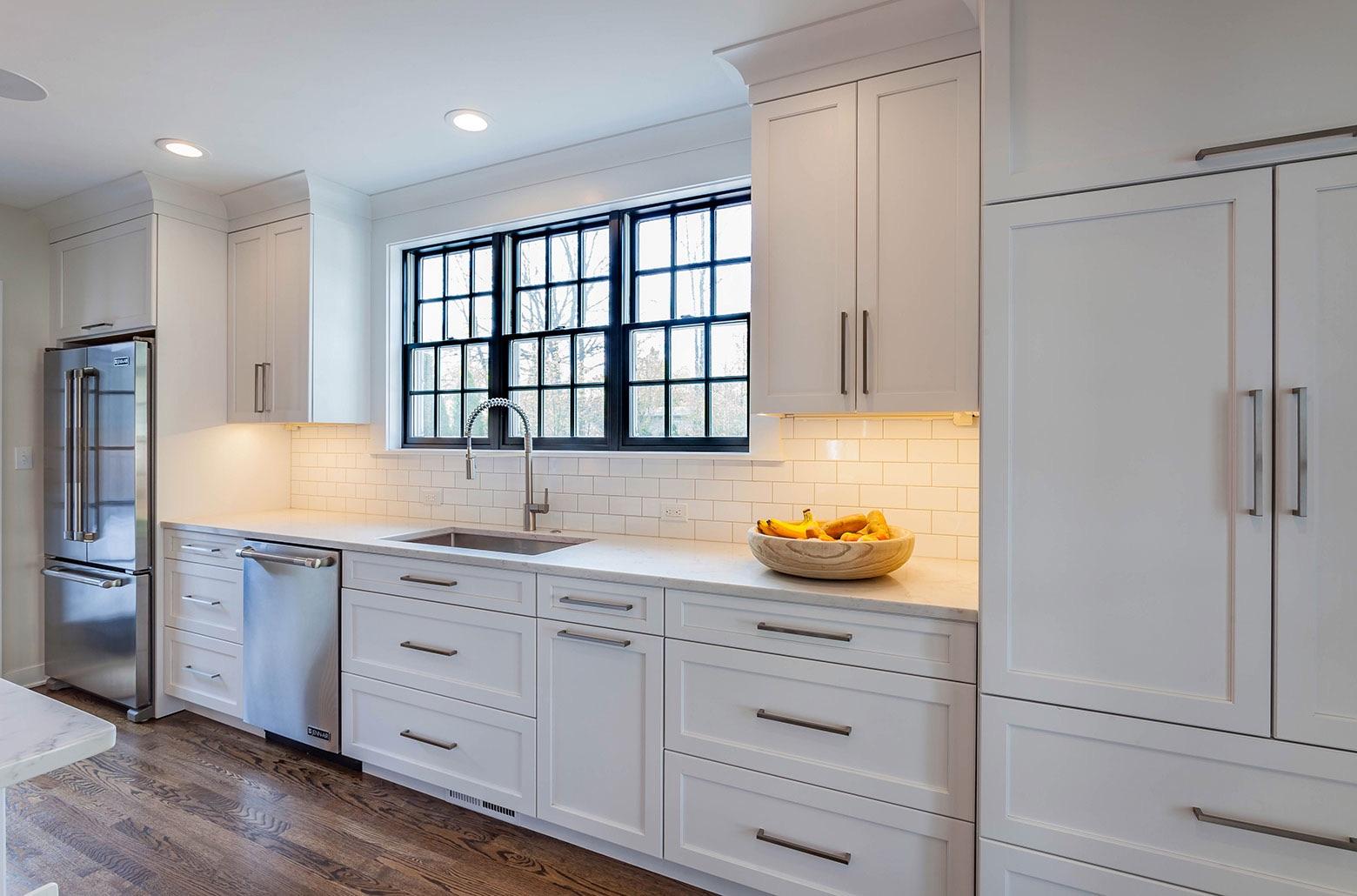 white cabinets modern kitchen